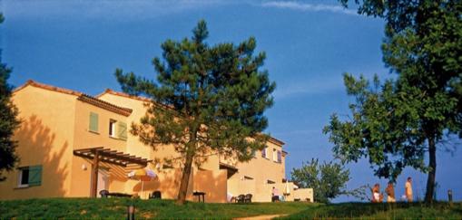 Appartement villa de trois pièces géré par Odalys en résidence de tourisme à Salavas