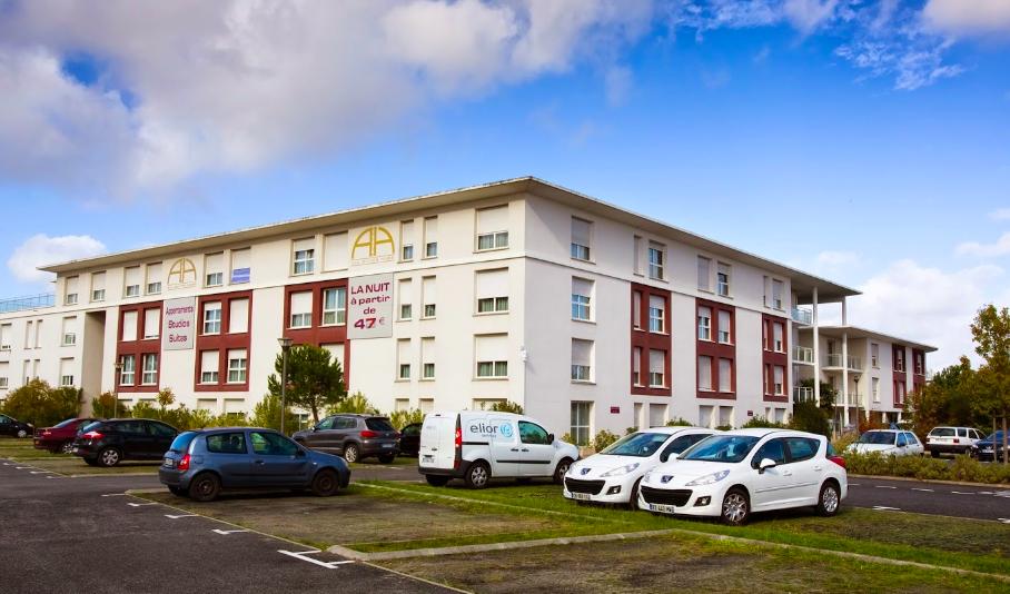 Deux pièces avec parking en résidence affaire géré par All Suites à Mérignac